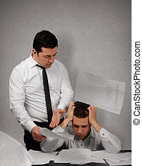 My boss is a bully - Nervous boss argue his subordinate in...