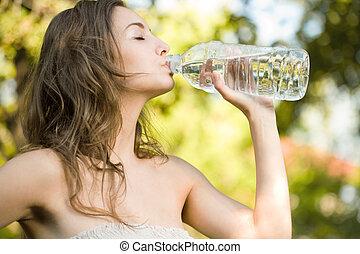 mycket, thirsty.