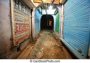 mysterious alleyway in paharganj, delhi, india