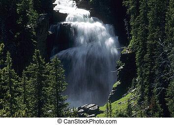 Mystic Falls, Yellowstone National Park, Wyoming, USA