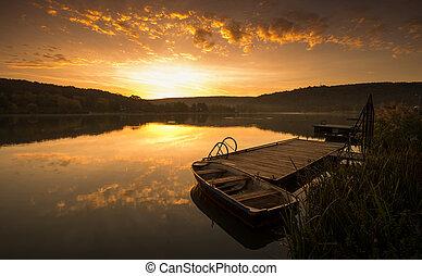 mystisch, landschaftsbild, pier, boot, sonnenaufgang