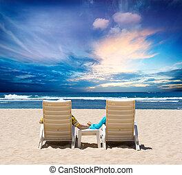 nászút, párosít, élvez, óceán, napnyugta