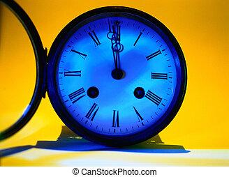närbild, av, en, antikvitet, mantel klocka