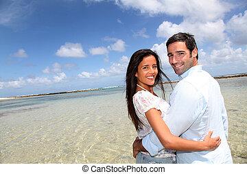 närbild, av, glatt par, på, smekmånad, resa