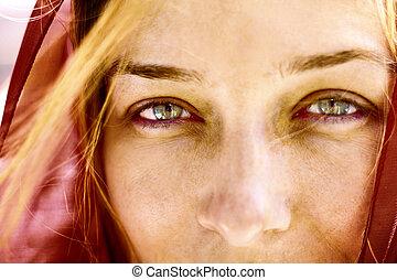 närbild, stående, av, kvinna, med, vackra ögon