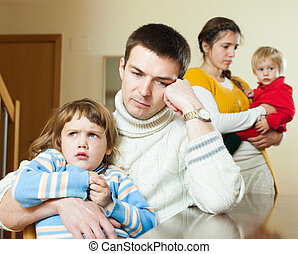 négy, otthon, után, család, vita