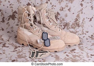 nós, marines, conceito, com, armas fogo, botas, e, camuflado, uniforme