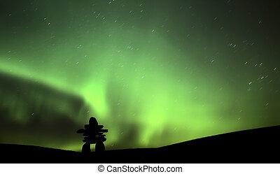 nördliches licht, oben, ein, inukchuk, in, saskatchewan