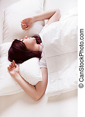 nő, ágy, alvás