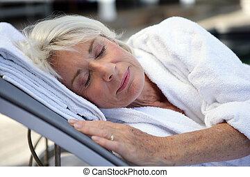 nő, öregedő, alvás