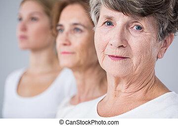 nő, öregedő, csendes