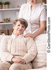 nő, alatt, öregek otthona