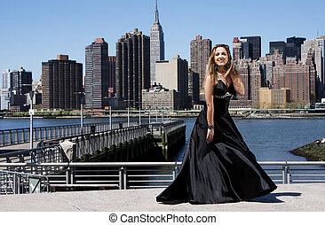 nő, alatt, fekete, koktél ruha