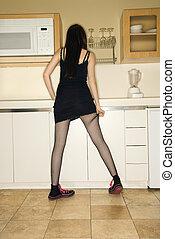 nő, alatt, kitchen.