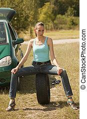 nő, autógumi, ülés