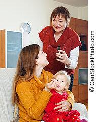 nő, beteg, odaad, sirup, érett, anya, totyogó kisgyerek