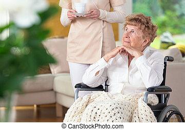 nő, dermedt, tolószék, öregedő, figyelmes, caregiver