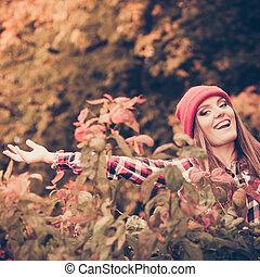 nő, dobás, zöld, liget, feláll, levegő, ősz