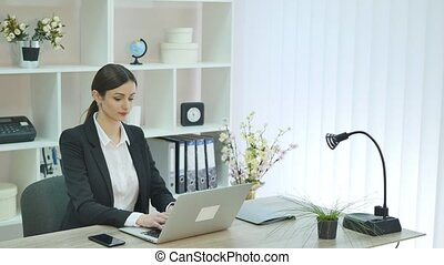 nő, fiatal, hivatal