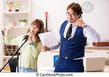 nő, fiatal, zene, közben, feladat, hím tanár