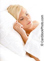 nő, lövés, álmos, feláll, ágy, becsuk