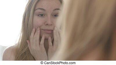 nő, neki, fiatal, arc, megható, tükör