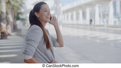 nő, neki, mozgatható, fesztelen, fiatal, beszéd