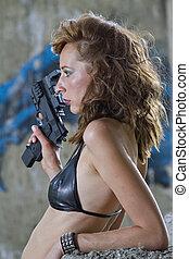nő, pisztoly