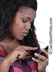 nő, sms, írás