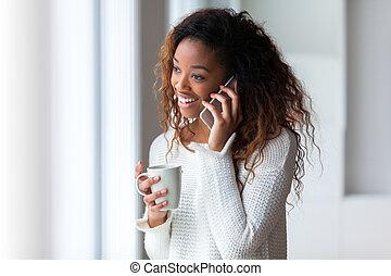nő, telefon, african american, mozgatható, beszéd