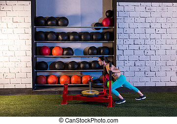 nő, tréning, rámenős, szánkó, mér, tol