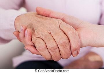 nő, woman's, fiatal, kezezés kitart, idősebb ember