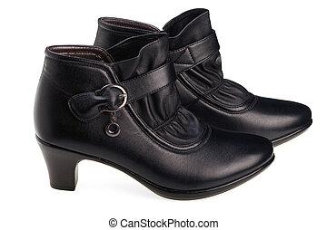 női, cipő