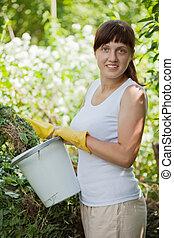női, farmer, composting, fű