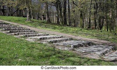 na dół, kamień, kobieta, schody, nadchodzący
