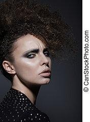 na moda, mulher jovem, com, elegante, penteado