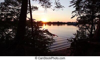 na, rzeka, zachód słońca