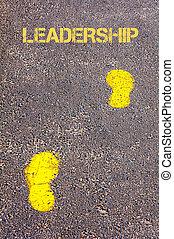 naar, gele, bewindvoering, boodschap, voetsporen, trottoir