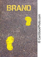 naar, merk, gele, boodschap, voetsporen, trottoir
