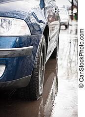 nach, a, schwer , rain:, auto, stehende , in, wasser