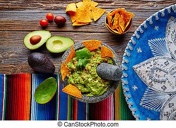 nachos, mexicain, guacamole, molcajete