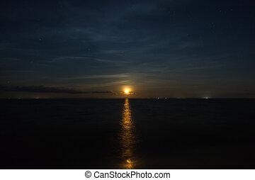 nacht himmel, und, der, rotes , moon.