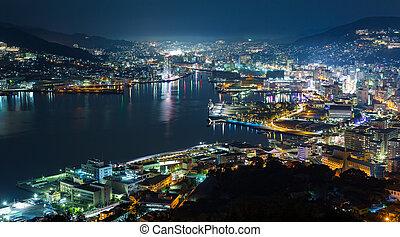 nagasaki, ciudad, por la noche