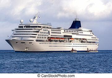 nagy, luxushajó, a tengernél