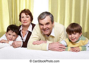 nagyszülők, és, fiúunoka