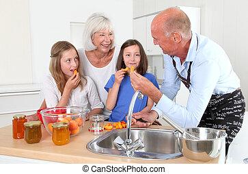 nagyszülők, gyerekek, főzés, konyha, otthon