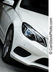 nahaufnahme- ansicht, von, weißes, sportwagen, headlight.