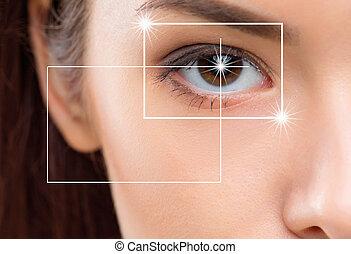 nahaufnahme, porträt, von, junger, und, schöne frau, mit, der, virtuell, hologramm, auf, sie, augenpaar