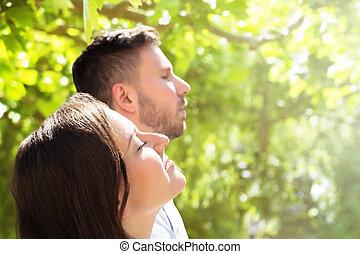 nahaufnahme, von, a, frohes ehepaar