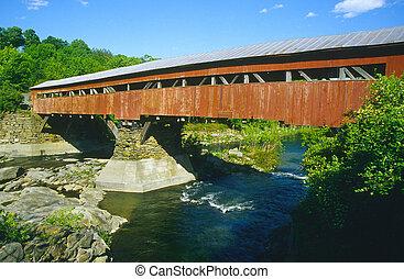 nakrywany most